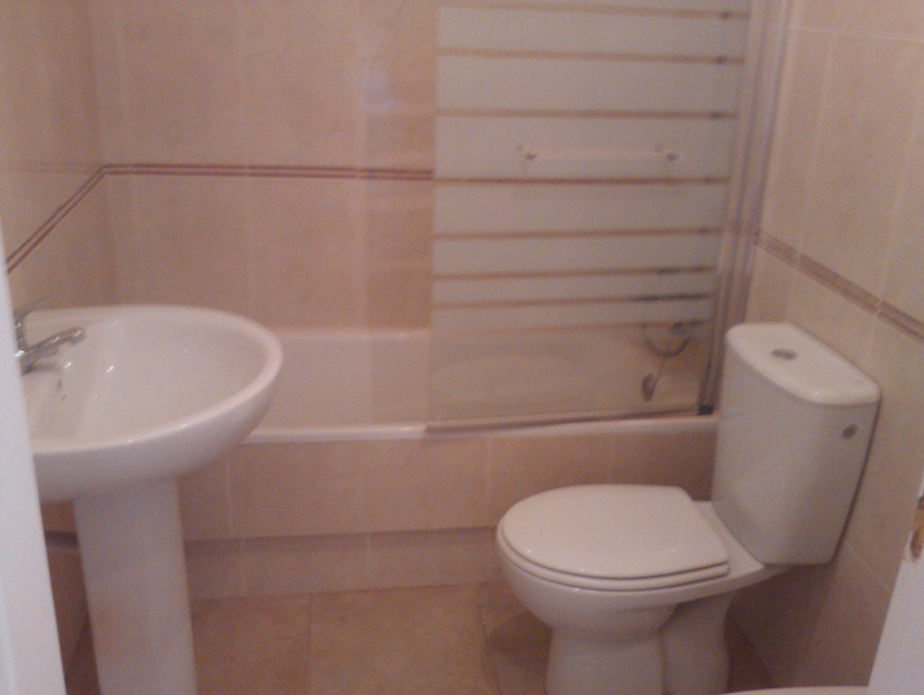 Walk in Shower Cubicle, Punta Prima - DMF Plumbing & Heating